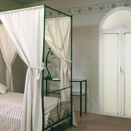 Перегородки и двери c тканью Плисcе DELUX